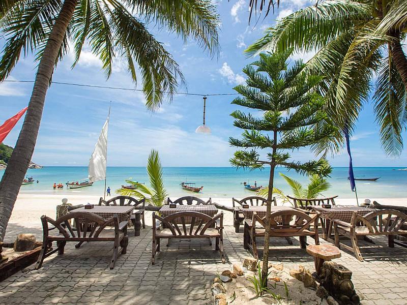 Beach Front Restaurants
