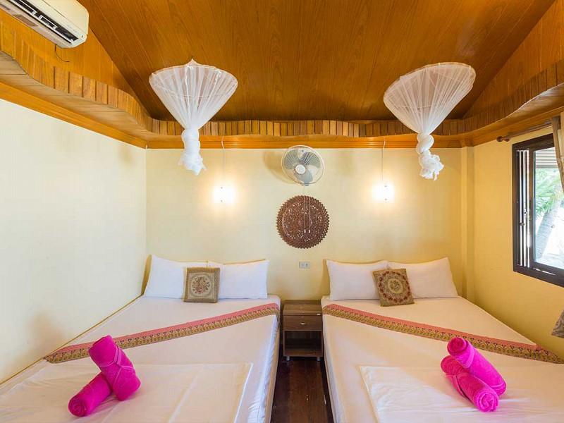 2 Double Beds Deluxe Beachfront
